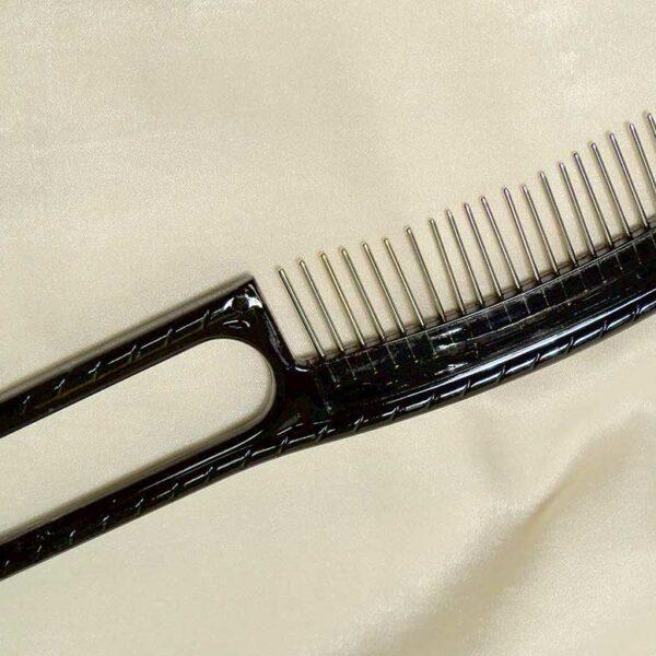 Rotating Bristles Comb