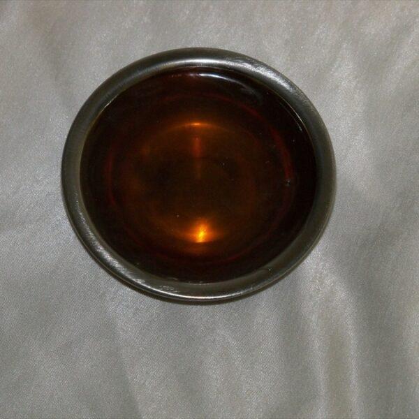 Pot for hot pot keratin glue